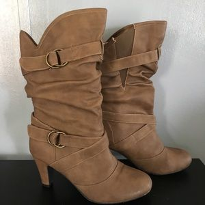 Deb 10 boots